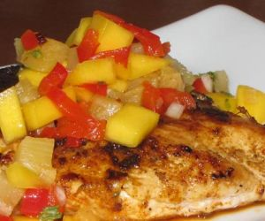 Grilled Asian-Spiced Mango & Chicken
